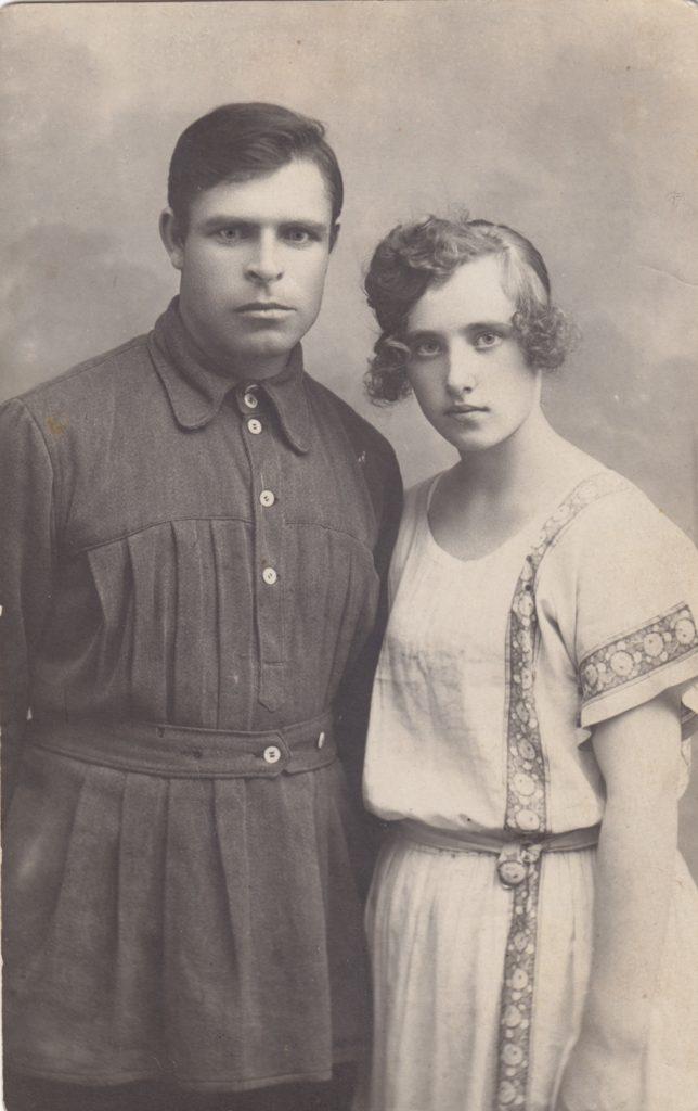 Фёдор Филиппович Колобков с женой Ниной Фёдоровной. 1925 год.
